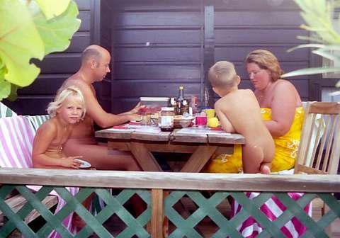 Культура сімейного нудизму