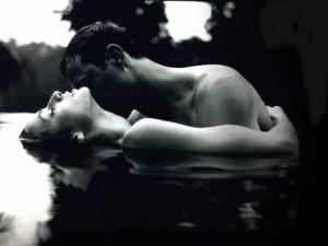 Пози для заняття сексом у воді