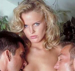 Секс з двома чоловіками